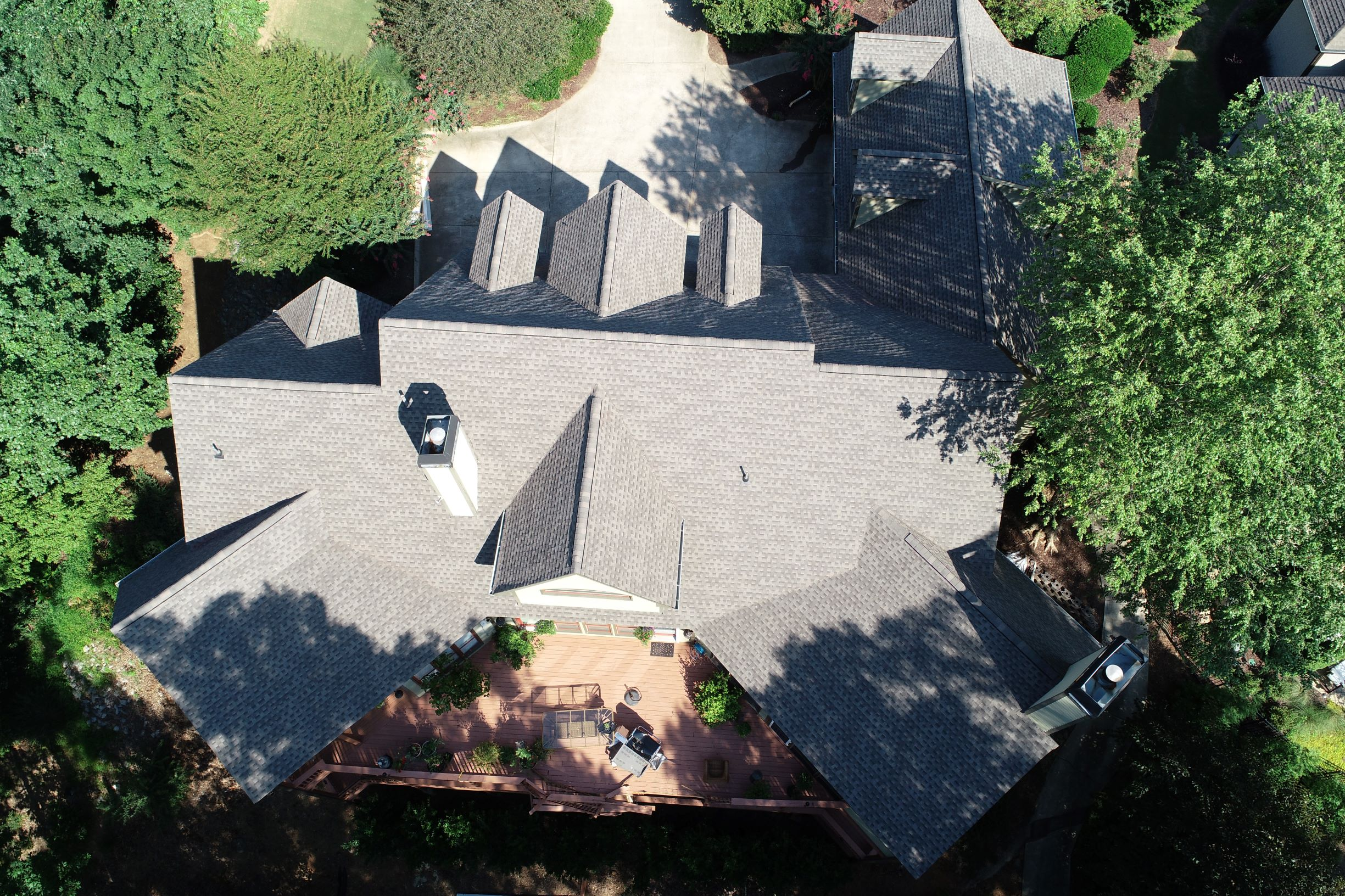 Gray shingles on Atlanta home
