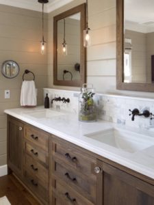 Dual sinks can keep space organized